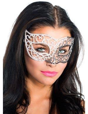 Deluxe Ying Yang Crystal Masquerade Mask