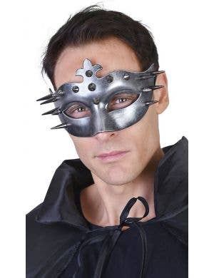 Ulric Men's Silver Spiked Costume Mask