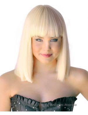 Deluxe Crystal Bob Wig in Blonde