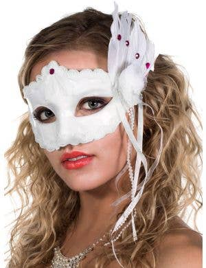 Burlesque Women's White Masquerade Mask